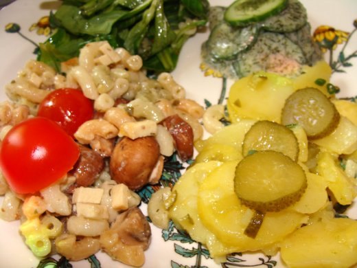 Vegane Salate  von Heidemarie Becker